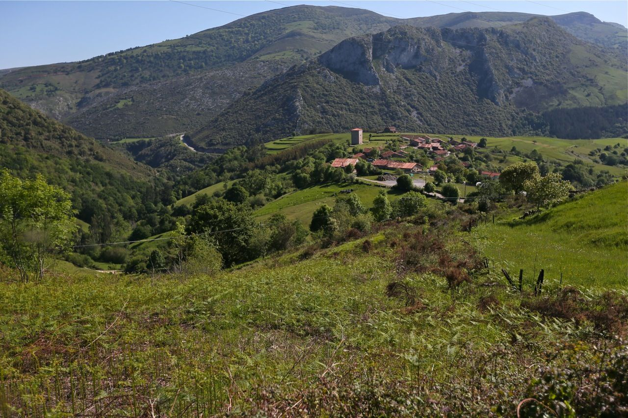 Los 10 mejores miradores del valle del nansa en cantabria for Pisos en montornes del valles
