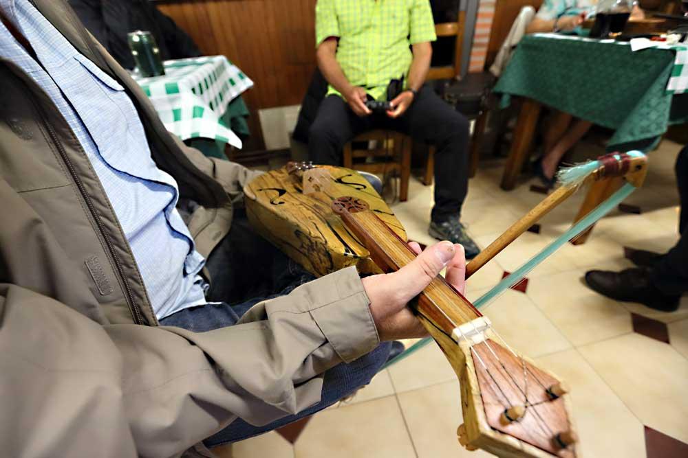 La música tradicional de Cantabria. Folclore tradicional del valle del Nansa. Nansa Natural para disfrutar del floclore de Cantabria.